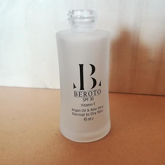 چاپ برند BEROTO روی لوازم آرایشی - مجموعه چاپ صنعتی ایساتیس